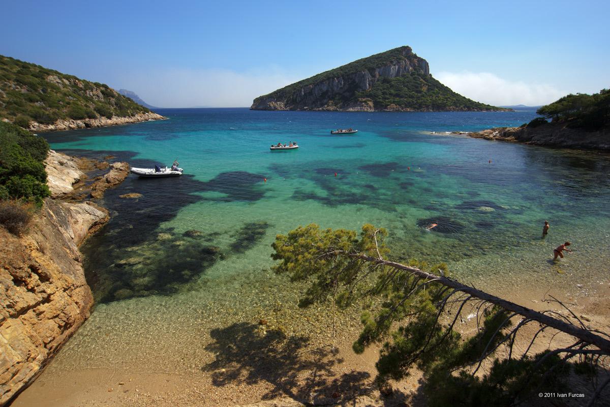 Sardegna le spiagge pi belle del mondo l 39 essenza oasi for Isola che da il nome a un golfo della sardegna