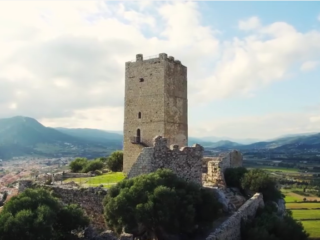 Sardegna fascino di mare: Posada e il suo castello