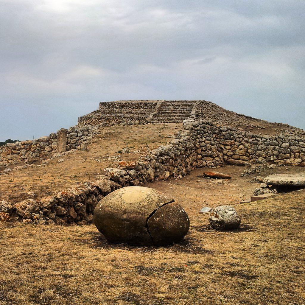 tempio monte accoddi