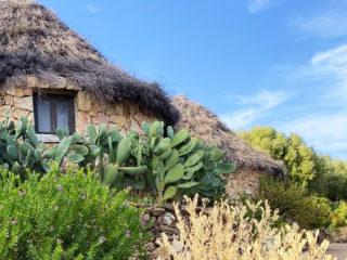 Sardegna – Un nido d'amore in legno e pietra
